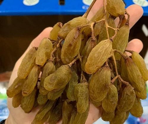 Nho khô nguyên cành Healthy Food và Nuts có tốt không-3