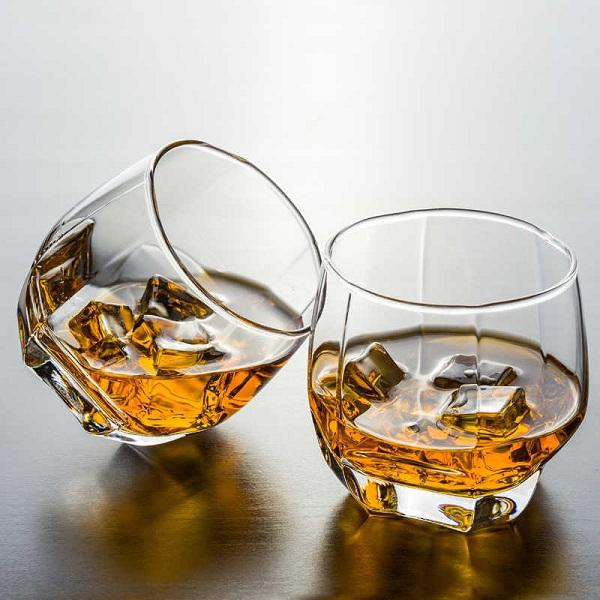 Rượu con chuột Nhật Bản Suntory Whisky Royal Tết 2020 5